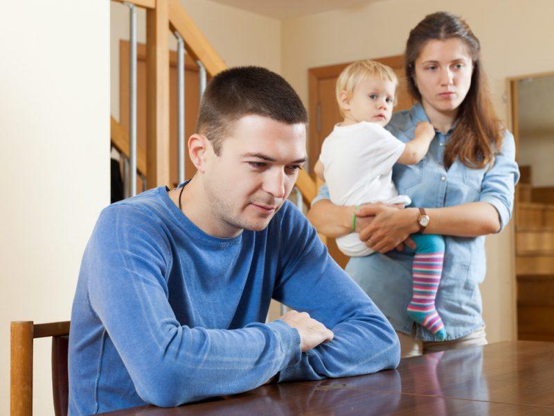 Depressão pós-parto acomete 10% dos pais