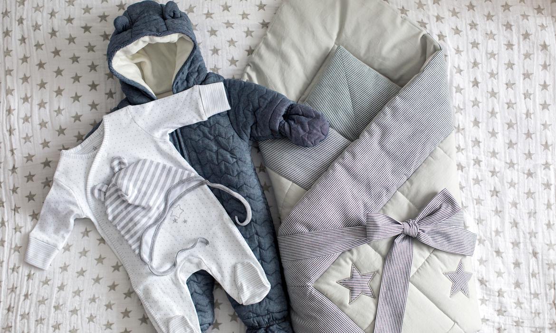 Priorize peças quentes, como macacões e sacos de dormir.